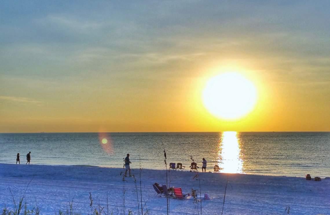 Pass a Grille Beach just before sunset - Calmuziclover (2)